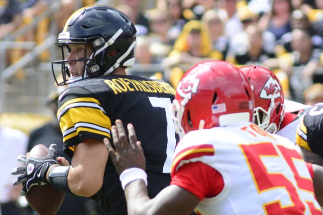 Pittsburgh Steelers quarterback Ben Roethlisberger (7) scrambles up the middle and throws to the sideline during the first quarter against the Kansas City Chiefs on September 16, 2018 at Heinz Field in Pittsburgh. Photo by Archie Carpenter/UPI