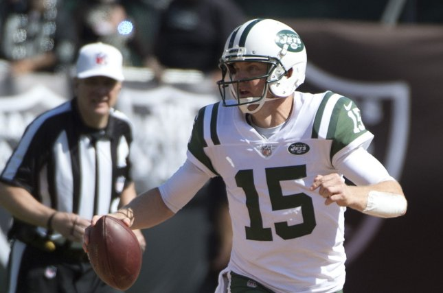 New York Jets QB Josh McCown scrambles for 22 yards against the Oakland Raiders in the third quarter at the Coliseum in Oakland, California on September 17, 2017. File photo by Terry Schmitt/UPI