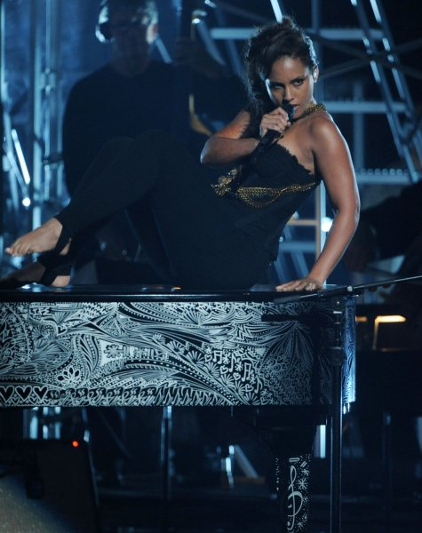 Alicia Keys performs barefoot during the 2011 BET Awards at the Shrine Auditorium in Los Angeles on June 26, 2011. UPI/Jim Ruymen