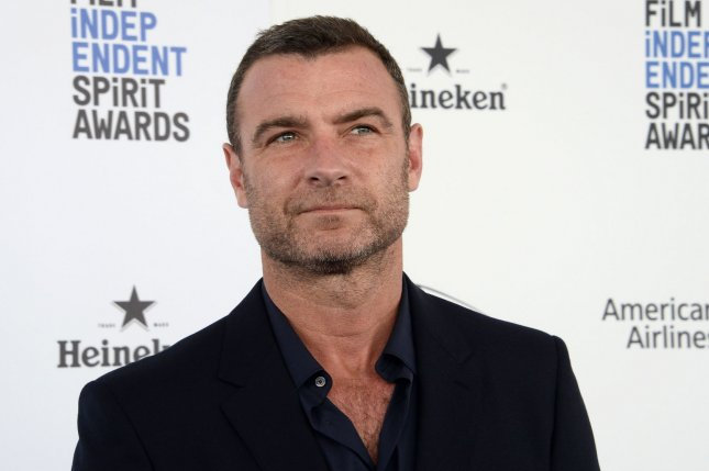 Liev schreiber 39 s 39 ray donovan 39 renewed for a fifth season - Liev schreiber ray donovan season 3 ...