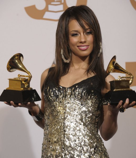 Alicia Keys appears backstage with the two Grammys she won at the 50th annual Grammy Awards at the Staples Center in Los Angeles on February 10, 2008. (UPI Photo/Phil McCarten)