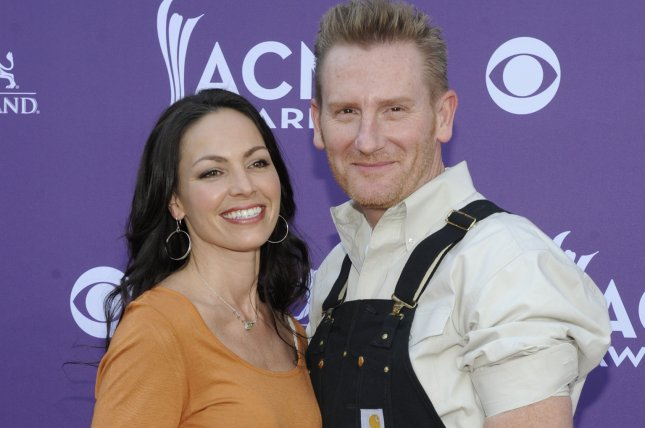 (L-R) Singers Joey Feek and Rory Feek of Joey & Rory arrive at the 48th annual Academy of Country Music Awards at the MGM Hotel in Las Vegas, Nevada on April 7, 2013. UPI/David Becker