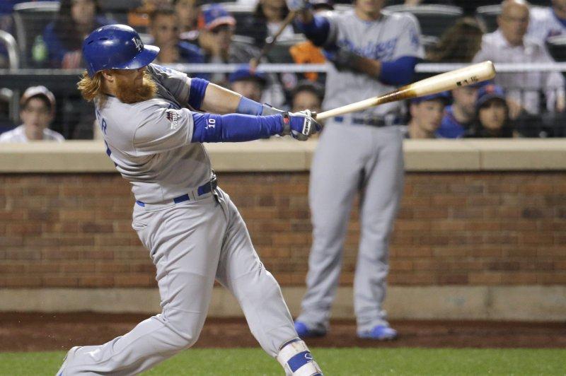 Los Angeles Dodgers batter Justin Turner. Photo by Ray Stubblebine/UPI