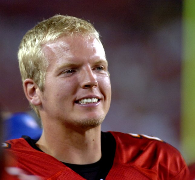Chris Simms, shown in 2007 while a member of the Tampa Bay Buccaneers, has signed with the Tennessee Titans. (UPI Photo/Cathy Kapulka)