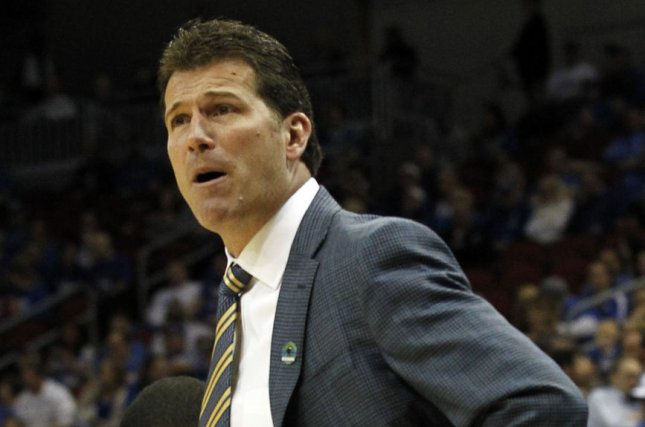 UCLA Basketball: Steve Alford officially out, Murry Bartow named interim coach