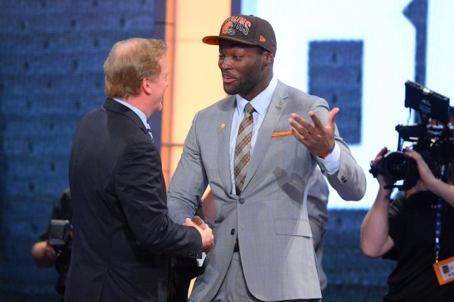Cleveland Browns decline option on Barkevious Mingo - UPI.com