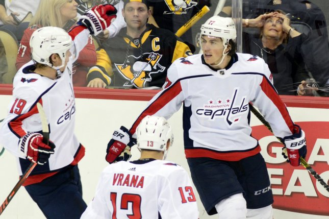 Pittsburgh Penguins search for goals against Washington Capitals ... 7238131339c