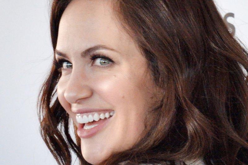 'Hypnotic' trailer shows Kate Siegel meet sinister hypnotist