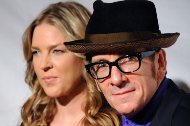 Singer Diana Krall and her husband, musician Elvis Costello, arrive at the 2011 MusiCares Person of the Year tribute honoring Barbra Streisand in Los Angeles February 11, 2011. Photo by Jim Ruymen/UPI