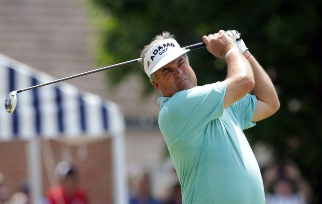 Perry 1 Shot Off Lead at US Senior Open