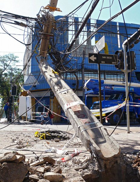 Damaged power-lines are seen tangled and destroyed in Santiago, Chile on March 4, 2010, as crews begin to make repairs after an 8.8 magnitude earthquake devastated the country on February 27. UPI/Matias Avila