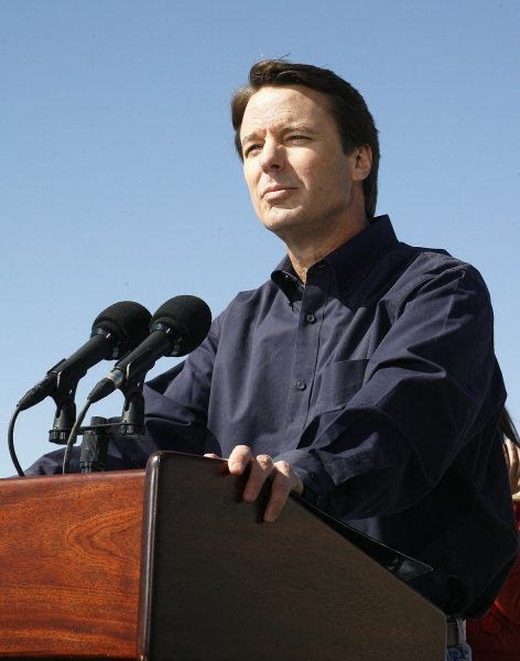 Democrat John Edwards announces his withdraw from the 2008 Presidential race. (UPI Photo/A.J. Sisco)