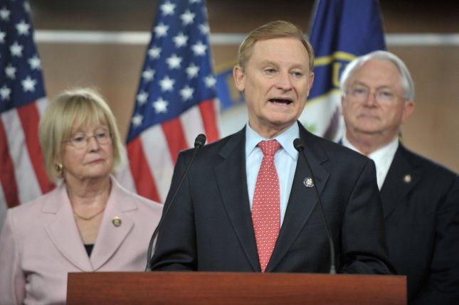 Rep. Spencer Bachus speaks at a news conference in Washington Sept. 15, 2009, alongside Rep. Judy Biggert and Rep. Randy Neugebauer. UPI/Kevin Dietsch