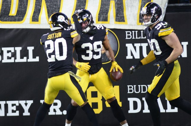 Pittsburgh Steelers free safety Minkah Fitzpatrick (39) had three tackles, two passes defensed, an interception, a fumble recover and a fumble return for a touchdown in a win against the Los Angeles Rams Sunday in Los Angeles. Photo by Archie Carpenter/UPI
