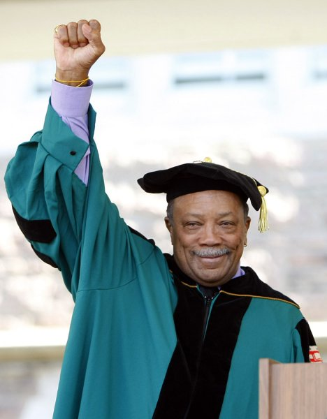 Composer Quincy Jones salutes the crowd before being awarded with a Doctor of Humane Letters Honorary degree during commencement ceremonies at Washington University in St. Louis on May 16, 2008. (UPI Photo/Bill Greenblatt)