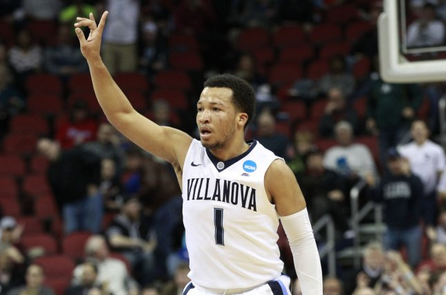Villanova downs West Virginia, 90-78, in Sweet 16