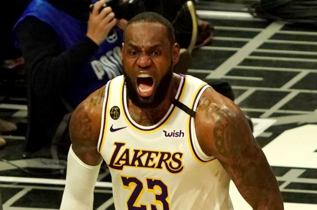 Los Angeles Lakers forward LeBron James scored 12 points in the fourth quarter to help his team hold on to a late lead and beat the Los Angeles Clippers Sunday in Los Angeles. Photo by Jon SooHoo/UPI
