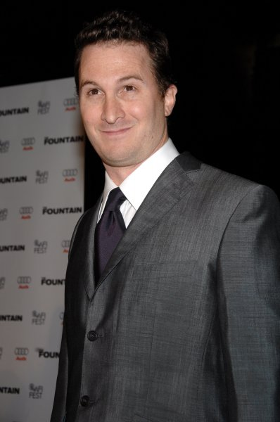 Darren Aronofsky, the director of the sci-fi motion picture drama The Fountain, arrives for the premiere of the film at Grauman's Chinese Theatre in the Hollywood section of Los Angeles, California on November 11, 2006. (UPI Photo/Jim Ruymen)