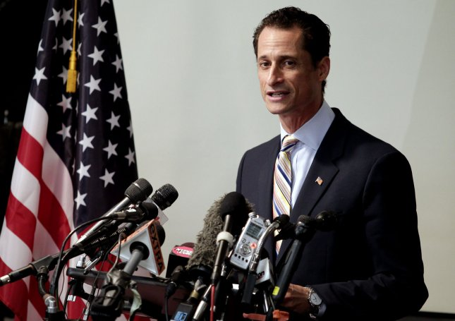 Anthony Weiner leaves court after guilty plea
