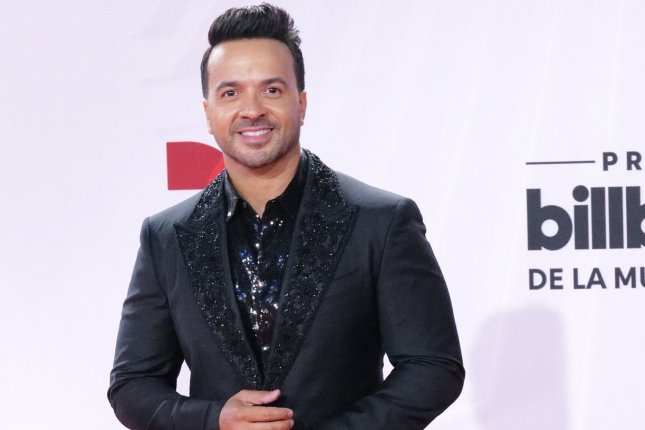 Luis Fonsi won Latin Pop Artist of the Year, Solo at the Latin Billboard Music Awards in Sunrise, Fla., on Wednesday. Photo by Gary I Rothstein/UPI