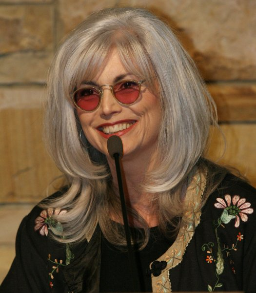 Emmylou Harris addresses a crowd after being introduced as a 2008 Country Music Hall of Fame Inductee at the Country Music Hall of Fame in Nashville, Tennessee on February 12, 2008. (UPI Photo/Frederick Breedon IV)