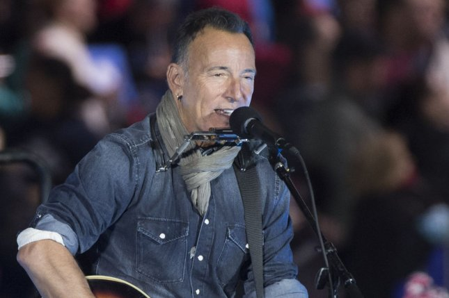 Springsteen Signs Up for More Time on Broadway