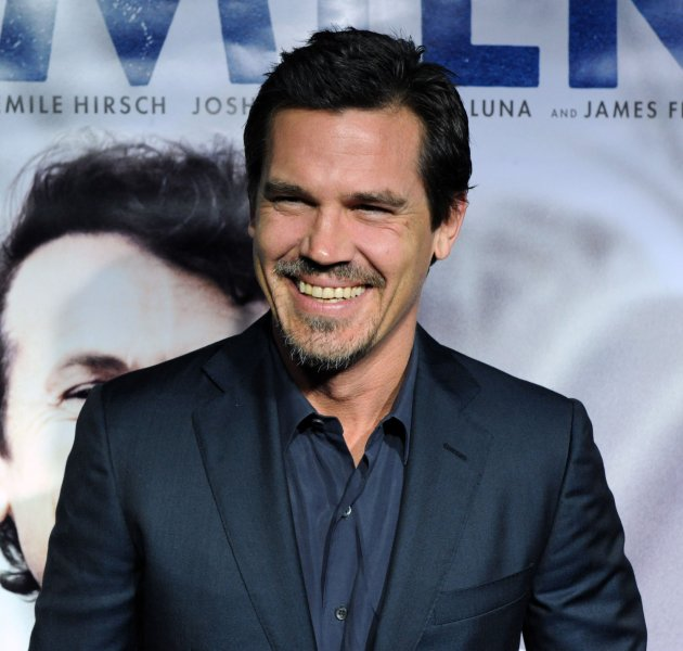 Cast member Josh Brolin attends the premiere of the new biographical drama motion picture Milk, at the Academy of Motion Picture Arts and Sciences in Beverly Hills, California on November 13, 2008. (UPI Photo/Jim Ruymen)