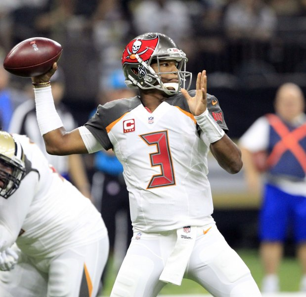Tampa Bay Buccaneers quarterback Jameis Winston throws against the New Orleans Saints at the Mercedes-Benz Superdome in New Orleans November 5, 2017. Photo by AJ Sisco/UPI