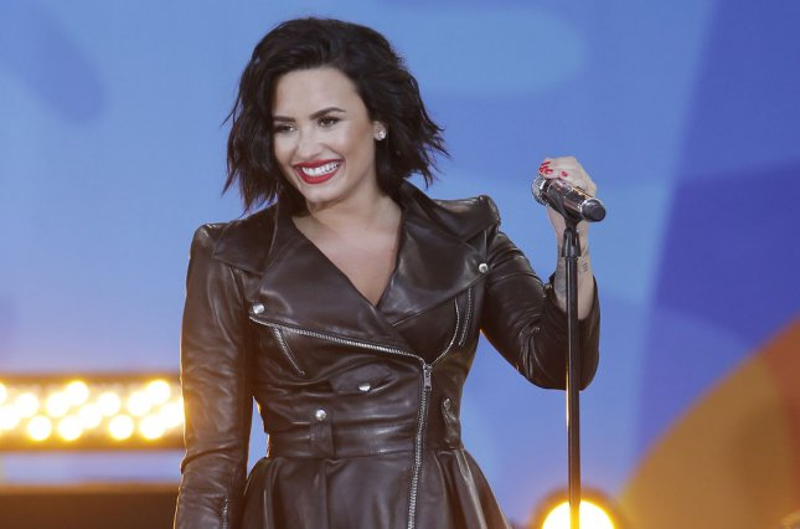 Demi Lovato quits Twitter, Instagram after criticism - UPI.com