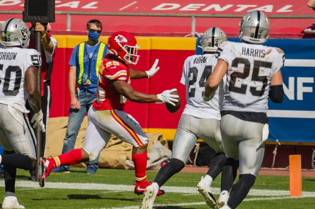Kansas City Chiefs running back Clyde Edwards-Helaire (25) will likely lose carries to Le'Veon Bell when the veteran running back joins the team for the rest of the season. File Photo by Kyle Rivas/UPI