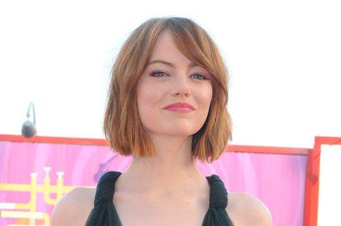 Emma Stone Debuts Bob Haircut At Venice Film Festival Upi Com