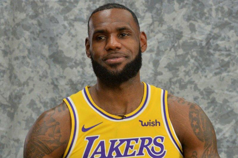 Lakers' LeBron James to make home debut against Rockets - UPI.com