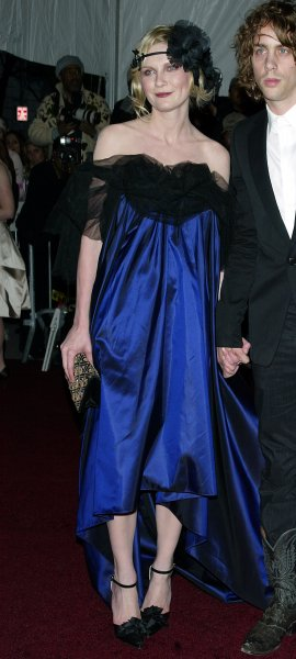 Kirsten Dunst arrives at the Costume Institute Gala Celebrating Poiret: King of Fashion at the Metropolitan Museum of Art in New York on May 7, 2007. (UPI Photo/Laura Cavanaugh)