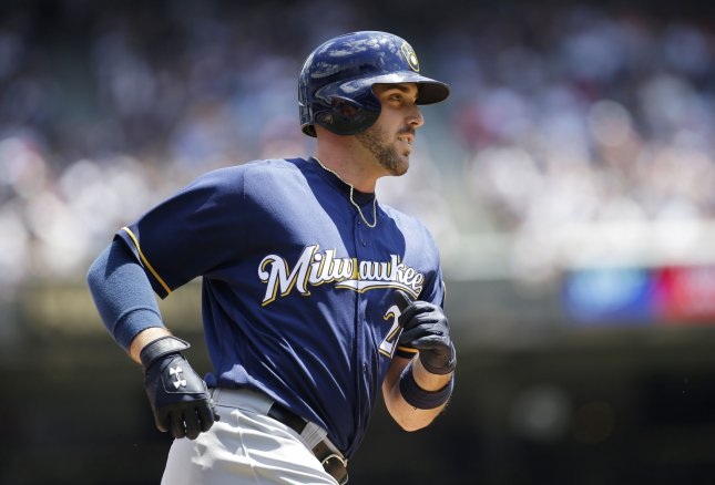 Ryan Braun (calf) out of the Brewers' lineup on Friday