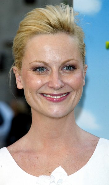 Amy Poehler arrives for the premiere of Shrek the Third at the Clearview Chelsea West Theater in New York on May 14, 2007. (UPI Photo/Laura Cavanaugh)
