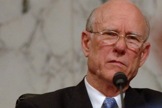 Sen. Pat Roberts, R-KS (UPI Photo/Roger L. Wollenberg)