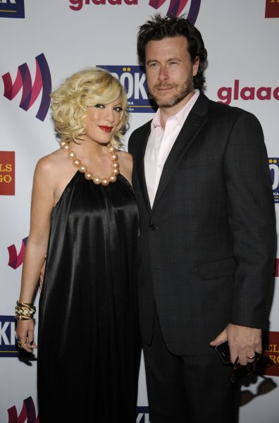 Tori Spelling (L) and Dean McDermott (R) attend the 22nd annual GLAAD Media Awards held at the Westin Bonaventure in Los Angeles on April 10, 2011. UPI/Phil McCarten