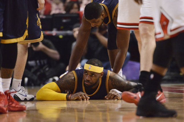 Cleveland Cavaliers forward LeBron James missed a deep 3-pointer with 10  seconds left as the Sacramento Kings scored a 116-112 overtime victory  against the ... 5313d5e4c