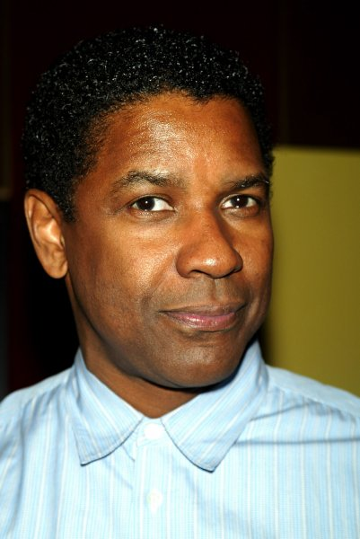 Denzel Washington arrives at the premiere of The Great Debaters at the Ziegfeld Theater in New York on December 19, 2007. (UPI Photo/Laura Cavanaugh)