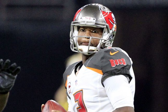692ddee66 Tampa Bay Buccaneers have decision to make on QB Jameis Winston ...