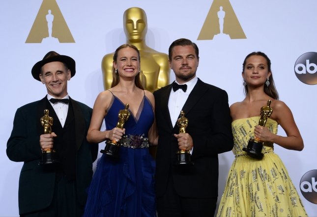 (L-R) Actors Mark Rylance, Brie Larson, Leonardo DiCaprio and Alicia Vikander appear backstage at the 88th Academy Awards, at the Hollywood and Highland Center in the Hollywood section of Los Angeles on February 28, 2016. Photo by Jim Ruymen/UPI