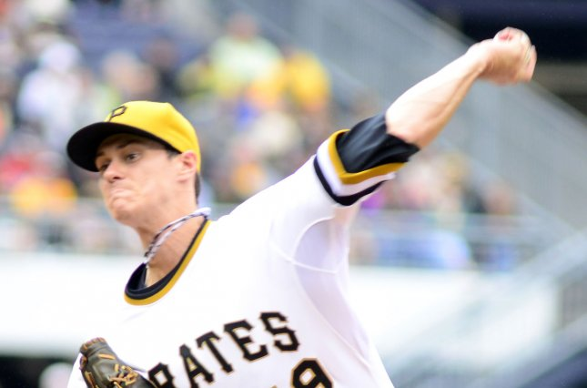 Pittsburgh Pirates starting pitcher Jeff Locke (49). Photo by Archie Carpenter/UPI