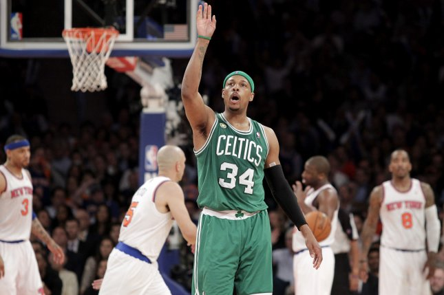 Paul Pierce signs contract allowing him to retire as a Celtic
