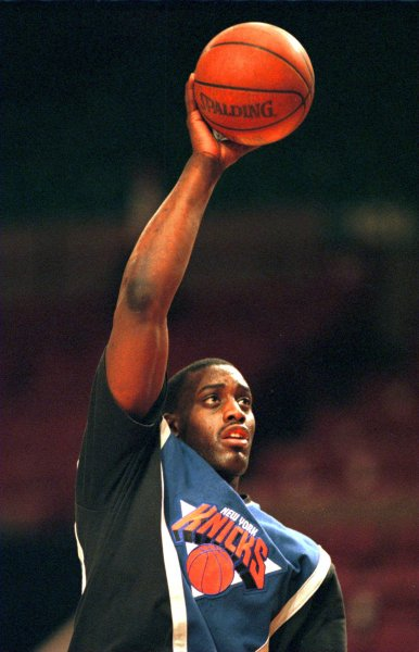 Former New York Knicks forward Anthony Mason, seen here warming up, died Saturday after having a heart attack earlier this month. He was 48. Photo by UPI