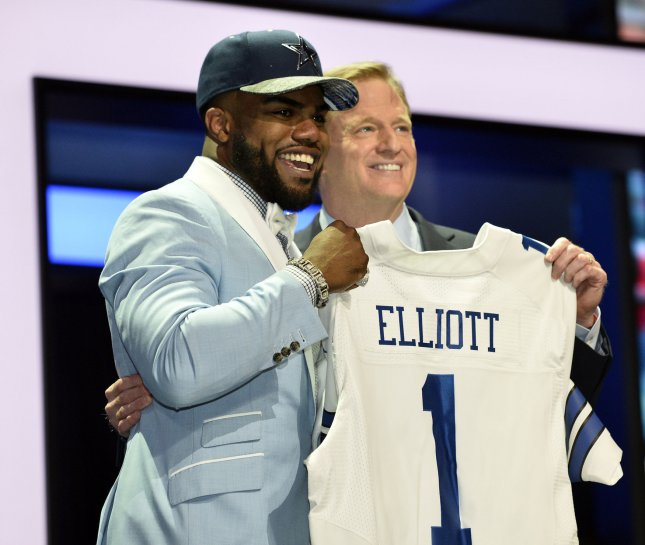 3cf7d6aabf9 ... back Ezekiel Elliott, posing here with NFL Commissioner Roger Goodell  after the Dallas Cowboys drafted him on April 28, has the hottest-selling  jersey ...