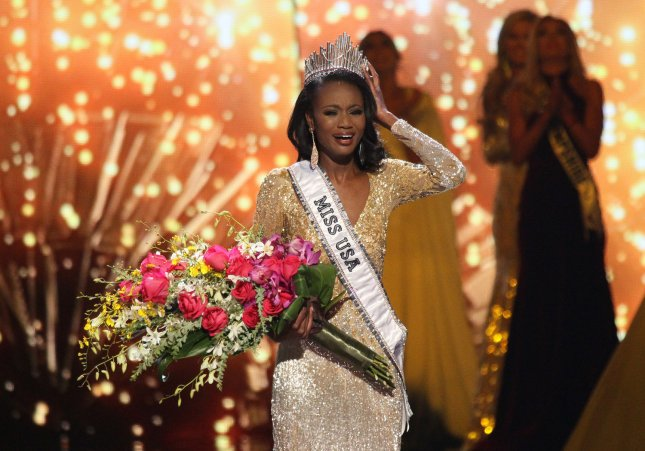 Miss District of Columbia USA, Deshauna Barber, is crowned the new Miss USA 2016 onstage during the Miss USA Pageant competition at T-Mobile Arena in Las Vegas, Nev. on June 5, 2016. Photo by James Atoa/UPI