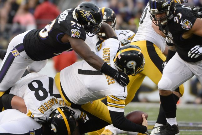 Former Baltimore Ravens linebacker Elvis Dumervil (58) sacks Pittsburgh Steelers quarterback Ben Roethlisberger (7) for an 8-yard loss during the second half of their NFL game at M&T Bank Stadium in Baltimore, Maryland. File photo by David Tulis/UPI