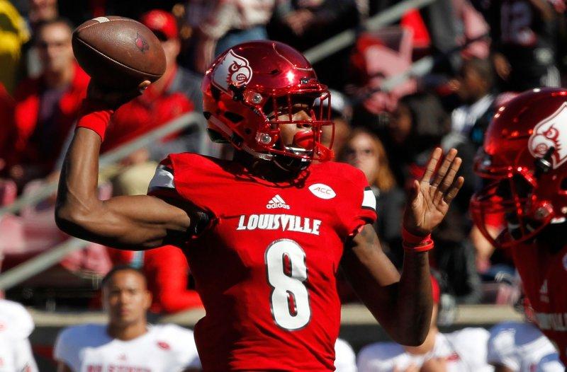 Louisville Cardinals quarterback Lamar Jackson lifted his team past North Carolina on Saturday. Photo by John Sommers II /UPI