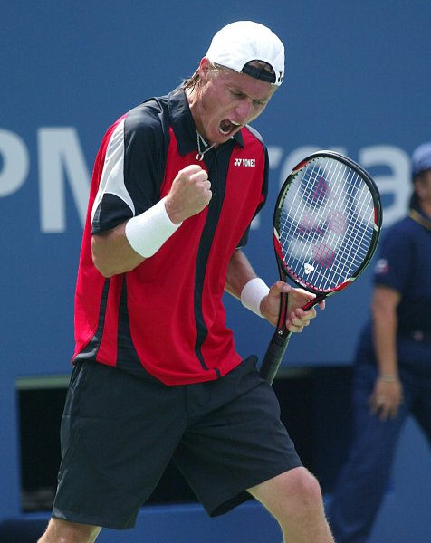 Lleyton Hewitt of Austria reacts to winning the 3rd game of the 3rd set against Amer Delic of the USA during Round 1 of the U.S. Open at the USTA Billie Jean King National Tennis Center in Flushing Meadows-Corona Park in New York on August 28, 2007. (UPI Photo/Laura Cavanaugh)
