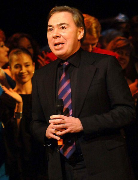 Sir Andrew Lloyd Webber, composer of both Phantom and Cats, takes part in curtain call ceremonies on January 9, 2006 at New York's Majestic theatre to mark that Phantom of the Opera has surpassed Cats to become the longest running musical show in Broadway history with it's 7, 486th performance. (UPI Photo/Ezio Petersen)